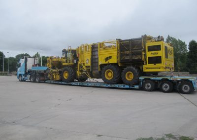 Cepelludo transporte vehículo industrial 24